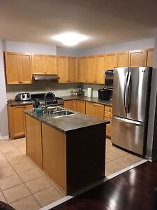 Room for rent in barrhaven townhouse