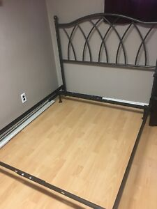 Iron Bed Frame (Double/Full size)