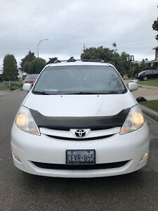 2006 Toyota Sienna Le With 211KM