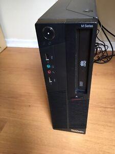 Lenovo -Ordinateur de bureau/desktop computer