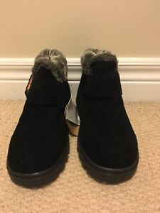 Ankle boots (brand new)