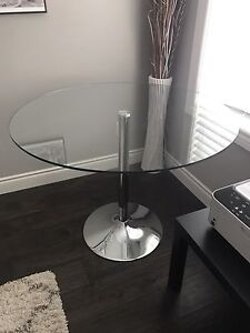 Glass dinning table round