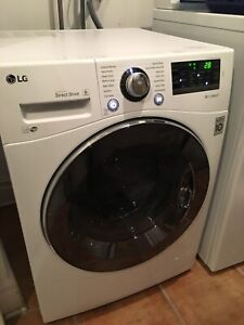 Washer LG 1 year old // Laveuse/Machine a laver LG de 1 an