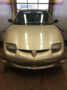 2000 Pontiac Sunfire - Only 81,000 km
