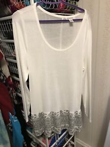 Maternity clothes xl and lg lot
