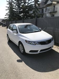 2012 KIA Forte5 hatchback **Only 76,000 kms**