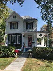House for rent/ maison à louer short or long term