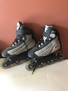 good condition size 5 nike rollerblades!!!