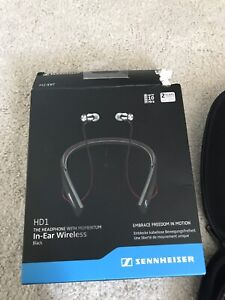 Senheiser amazing ear phones only used once SALE!!!!!