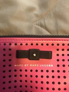 Bright pink Marc Jacobs cross body purse