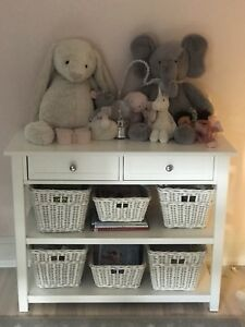 Changing Table Pottery barn kids
