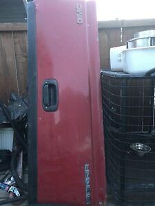 2000 GMC Sierra tailgate $50