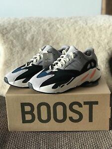 e0302d85589c0 adidas ultraboost runners
