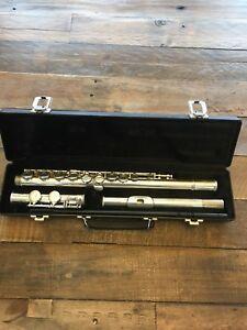 Flute w/hard case
