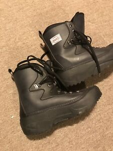 Boon's snowboard boots. Size 10