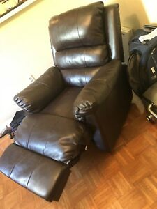 GENUINE LEATHER RECLINER (brown)- THE BRICK