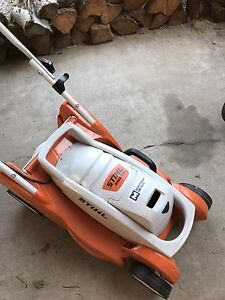 STILH Lithium-Ion lawnmower