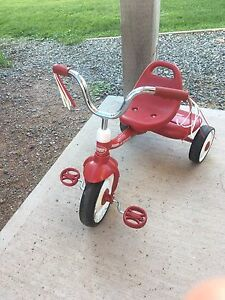 Children's tricycle and desk