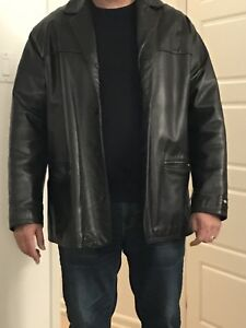 Men's XL leather jacket - new condition