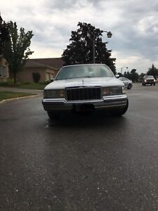 1990 Lincoln town car as is