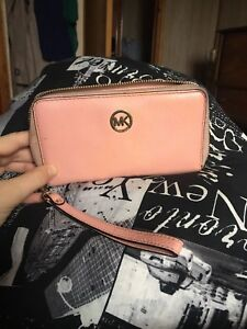 Michael Kors wallet and key chain