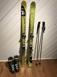 Solomon twin tip skis, boots and poles