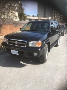 2003 Nissan Pathfinder Excellent condiotion