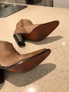 R M Williams Leather Boots Canterbury Boroondara Area Preview