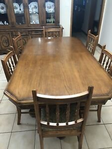 9 piece wood dining set (great condition)