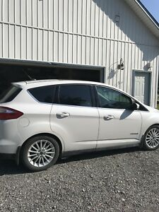 Ford C-Max Hybrid No need for plug in!!