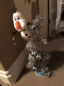 Frozen singing Christmas tree