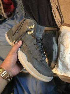 AIR JORDAN 12 RETRO DARK GREY SIZE 9