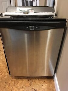 Maytag dishwasher in good condition