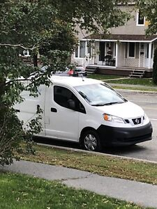 Nissan nv 200 fourgon