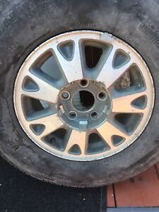 """4 rims 15"""" &centre caps from Jimmy but will fit Blazer"""