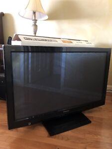 TV 42 pouces plasma HD