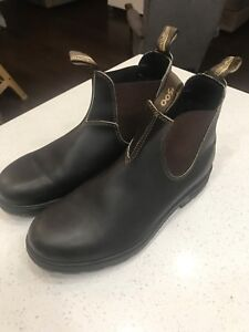 2 pairs blundstone boots. Size 10.5 AUS 11.5 US