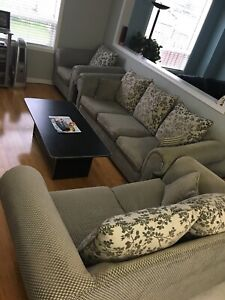 3pc Sofa for sale