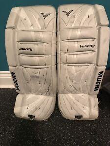 """Vaughn 24"""" goalie pads"""