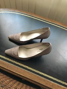 Taupe Pumps Size 10
