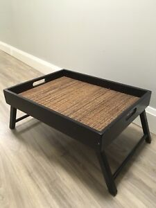 WOOD/RATTAN SERVING TRAY!