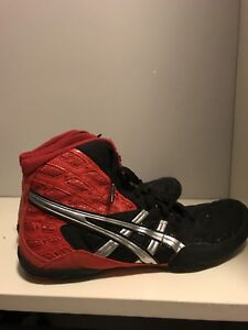 Asics wrestling shoes size 11