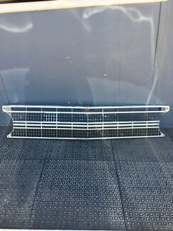 FORD XR /XT  1968  chrome grille