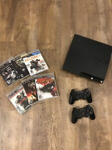 Ps3 + 2 Controllers + 6 Games