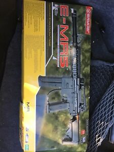 E-MR5 electronic marker (paintball)