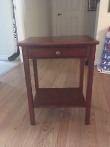 Side Table/Entry Table