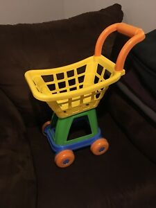 Small shopping cart, play food