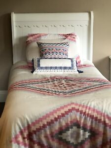 Headboard / frame / bed spread with cushions