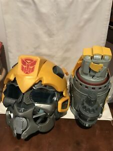 Transformer Bumblebee and Hand Weapon