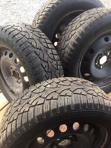 Studded winter tires: General Altimax Arctic 215/55R16